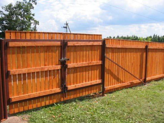 Деревянные ворота на даче фото 77