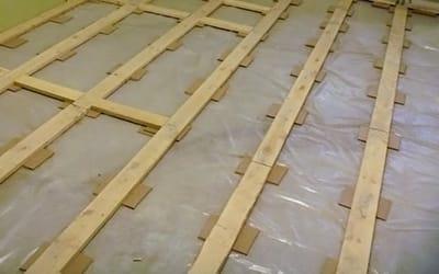 Вирівнювання дерев'яної підлоги фанерою: все про укладання фанери на дерев'яну основу