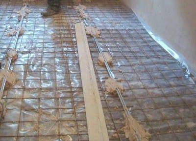 Стяжка підлоги з керамзитом: огляд 2-х варіантів пристрою і нюанси монтажу