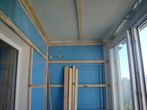 Как своими руками обшиваем балкон панелями 195