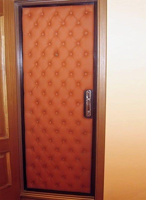 Как обшить дверь своими руками фото