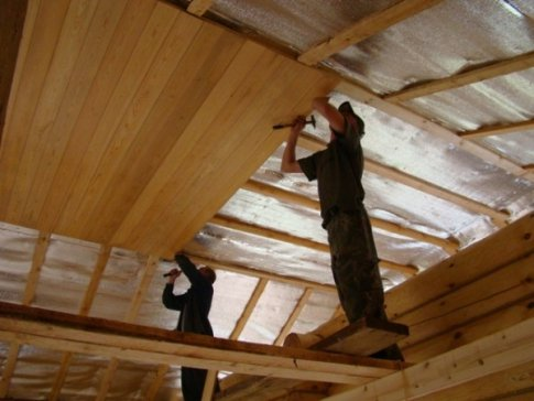 Lambris pvc pour salle bain plafond travaux renovation maison lille entrepr - Prix au m2 pour peindre un plafond ...