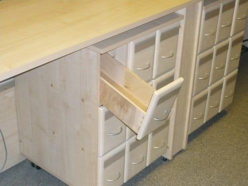 Дізнайтеся, як зробити ящик з фанери і заробити на цьому рем.