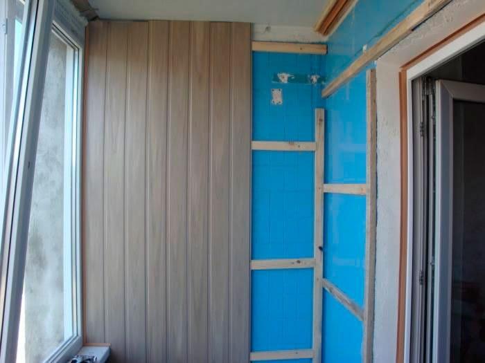 Как своими руками обшиваем балкон панелями 427