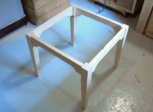 Самый простой кухонный стол