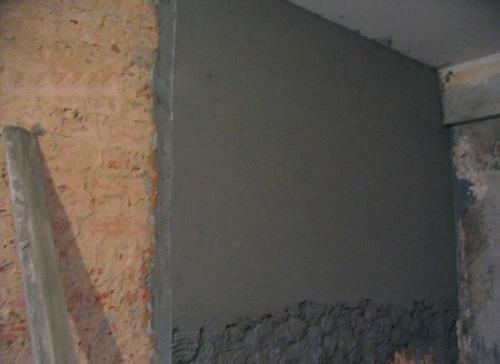 Как оштукатурить стены в деревянном доме своими руками