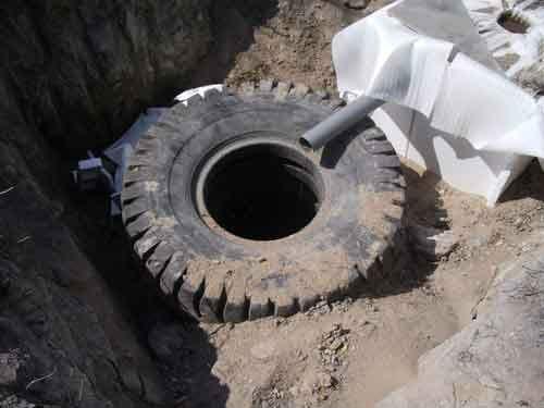 Сливная яма из колес