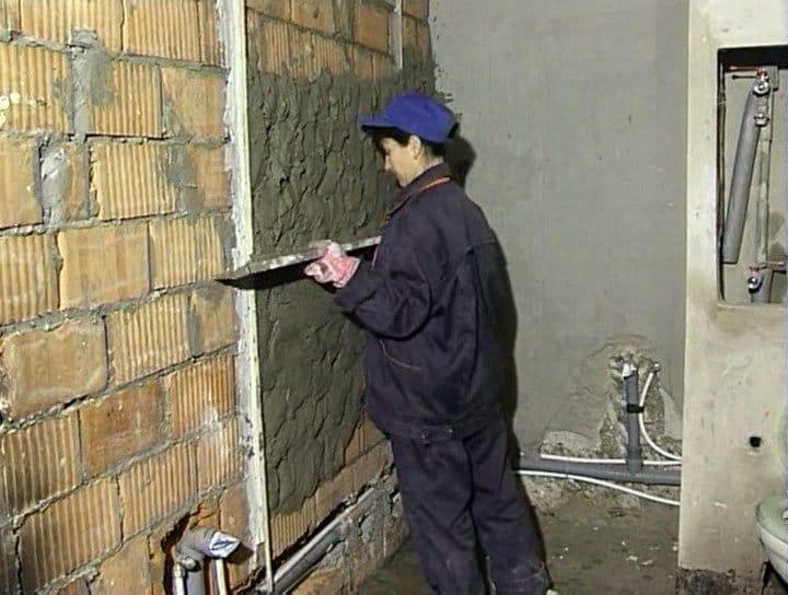 Как правильно штукатурить дом своими руками 21