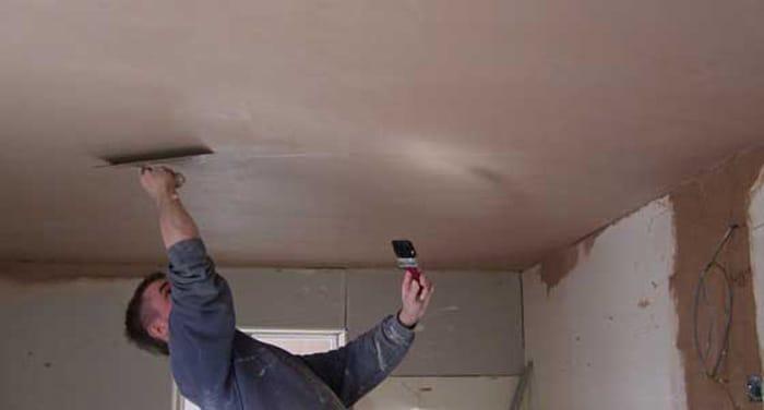 Выравнивание потолка из плит своими руками 20