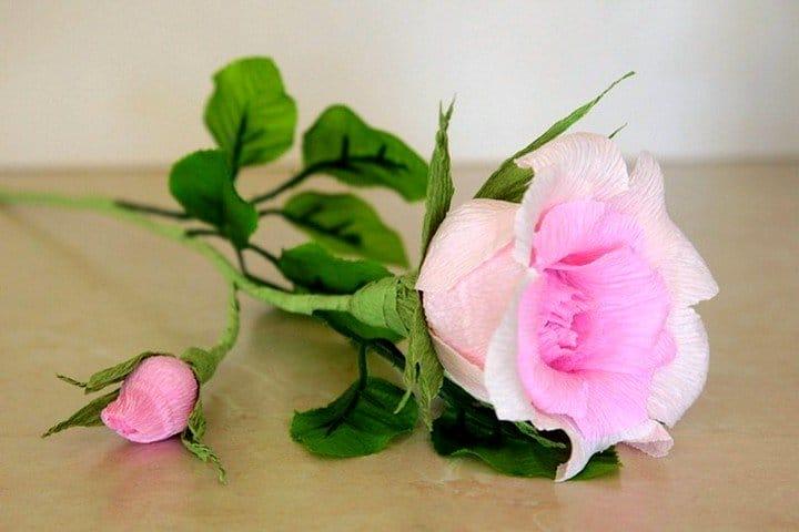 Цветы из бумаги из гофрированной бумаги роза