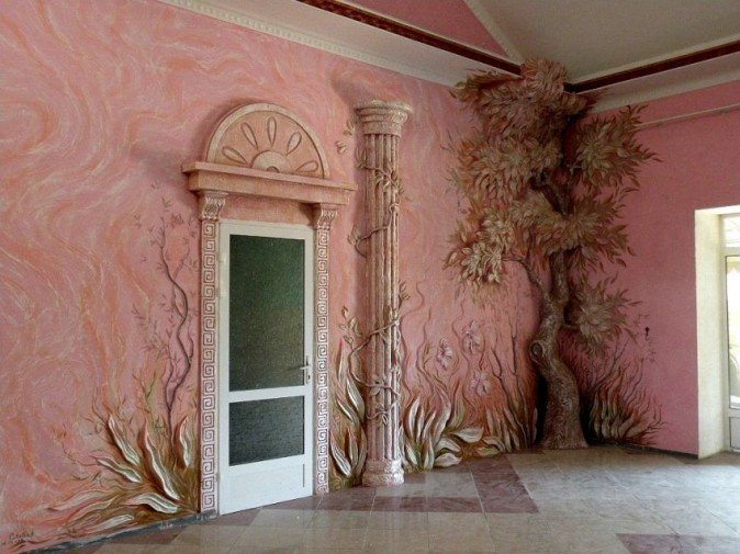 Цветы и деревья на стенах штукатурка