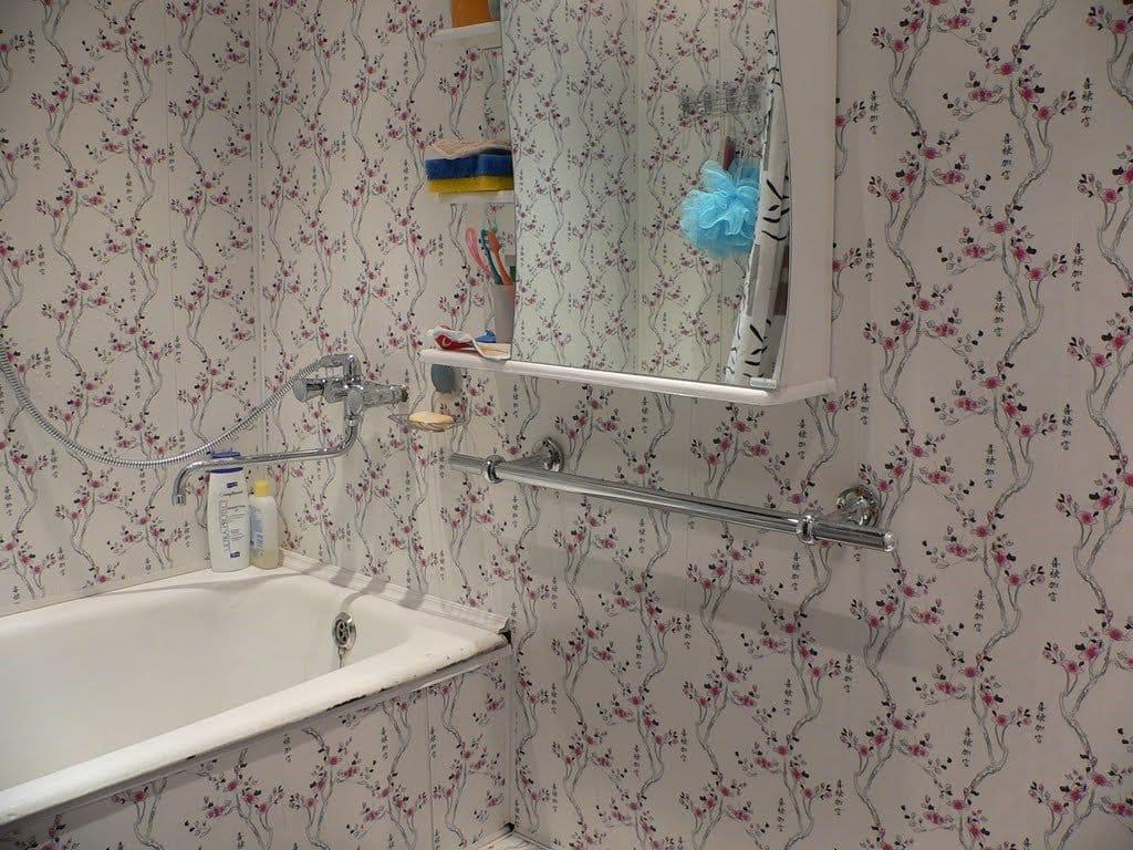 Отделка стен в ванной комнате панелями пвх своими руками 81
