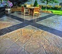 Декоративний бетон в ландшафтному дизайні: ефектний «грим» для похмурою вогкості