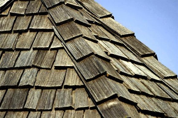 Пристрій дерев'яної даху – процес будівництва своїми руками, як зробити креслення та розрахунок покрівлі будинку, детальний фото і відео