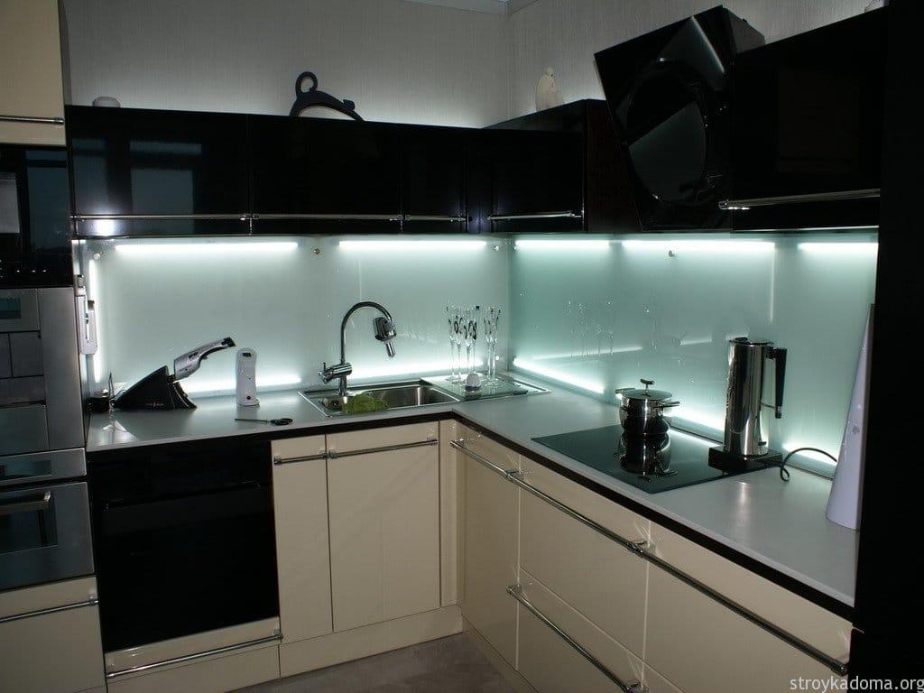 Nástenné panely pre kuchyňu
