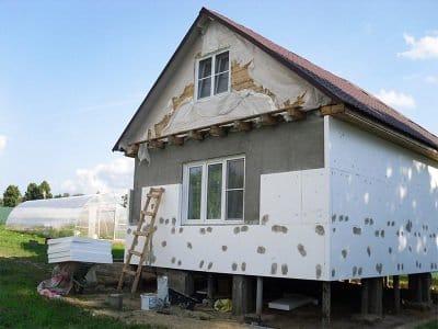 Утеплення фасадів пінополістиролом: правильна технологія виконання