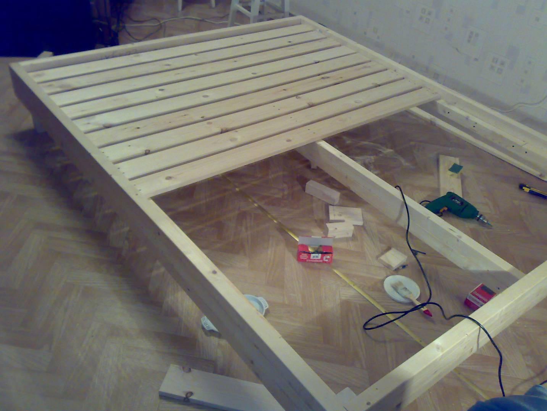 Как построить кровать для себя своими руками