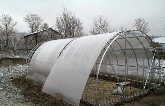 Як побудувати теплицю подвійні з полікарбонату своїми руками – plodovie.ru