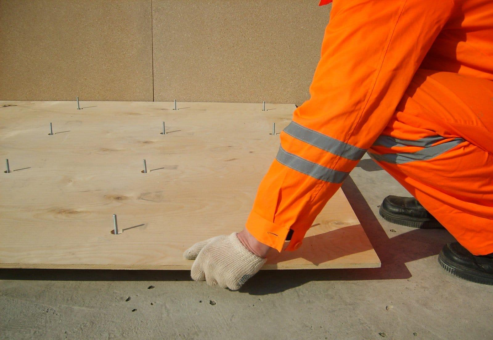 Укладка фанеры на бетонный пол своими руками: крепление 26