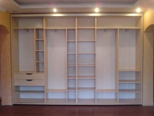 Встроенный шкаф во всю стену своими руками