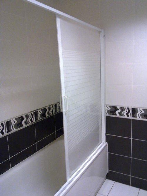 Пластикові шторки для ванної кімнати – не схибити у виборі?