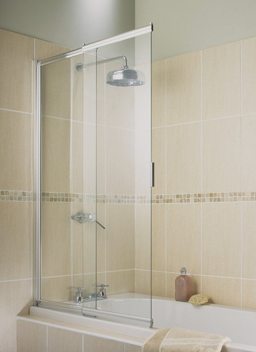 Шторки скляні для ванної – незвичайне і красиве рішення для кімнати