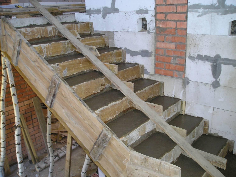 Лестница из металла и бетона своими руками 36