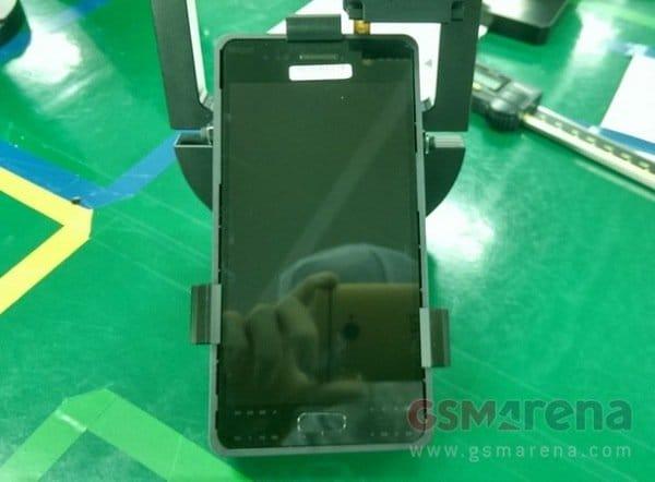 Можливий дисплей і фронтальна камера Samsung Galaxy S7