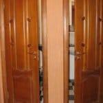 Двері у ванну кімнату і туалет: які краще – скло, дерево, мдф