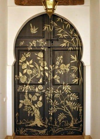 Разрисовка дверей своими руками 83