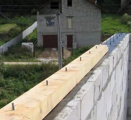 Кріплення крокв до мауерлату – способи фіксації і з'єднання
