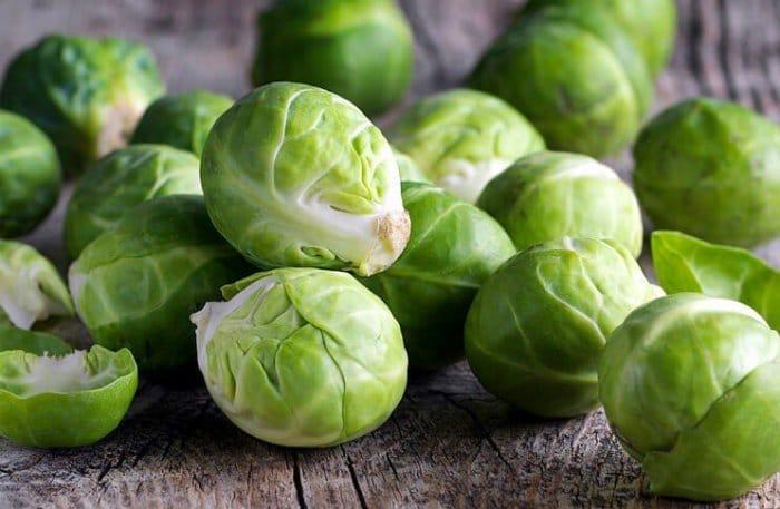 Чим підживити брюссельську капусту в липні?
