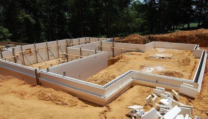 Види опалубки для монолітного будівництва і матеріали для їх виготовлення