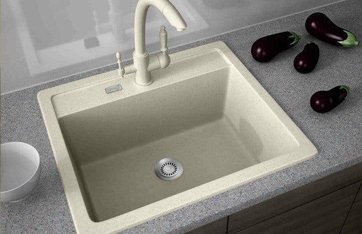 Правила вибору стильного і надійної кухонної мийки
