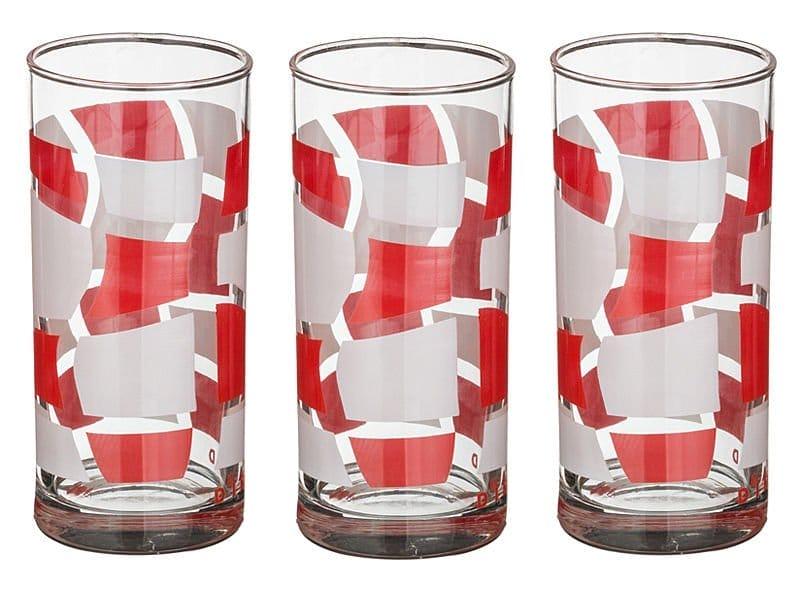 Красиві стакани для води та соку на ніжці зі скла: переваги, обсяг, матеріали, популярні виробники