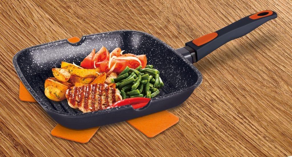 Сковорода з мармуровим антипригарним покриттям: що це таке, плюси і мінуси сковорідок з мармуровою крихтою, яка фірма краще