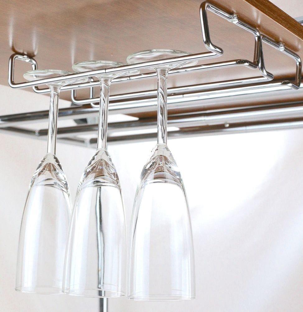 Підвіски для фужерів: особливості, різновиди, з якого металу виробляють, покриття власників