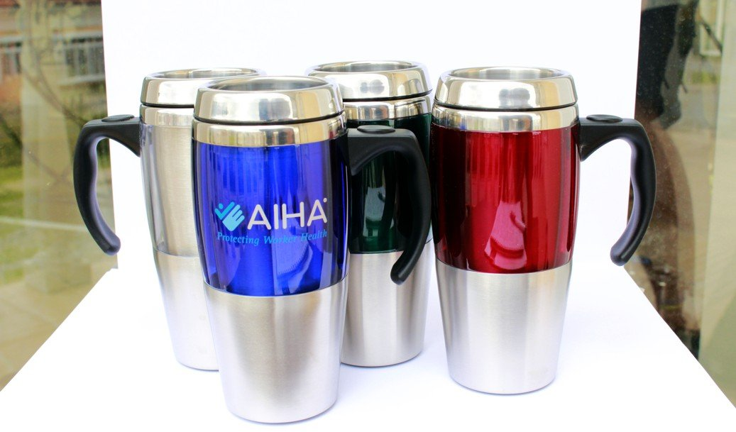 Термоси для гарячих напоїв, для кави з собою: особливості, різновиди, обсяги, матеріали