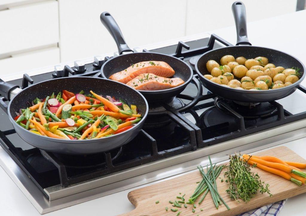 Сковорода Gipfel: двостороння сковорідка Гипфел, чавунний посуд, з мармуровим покриттям, скокорода-вок і гриль зі знімною ручкою, каталог