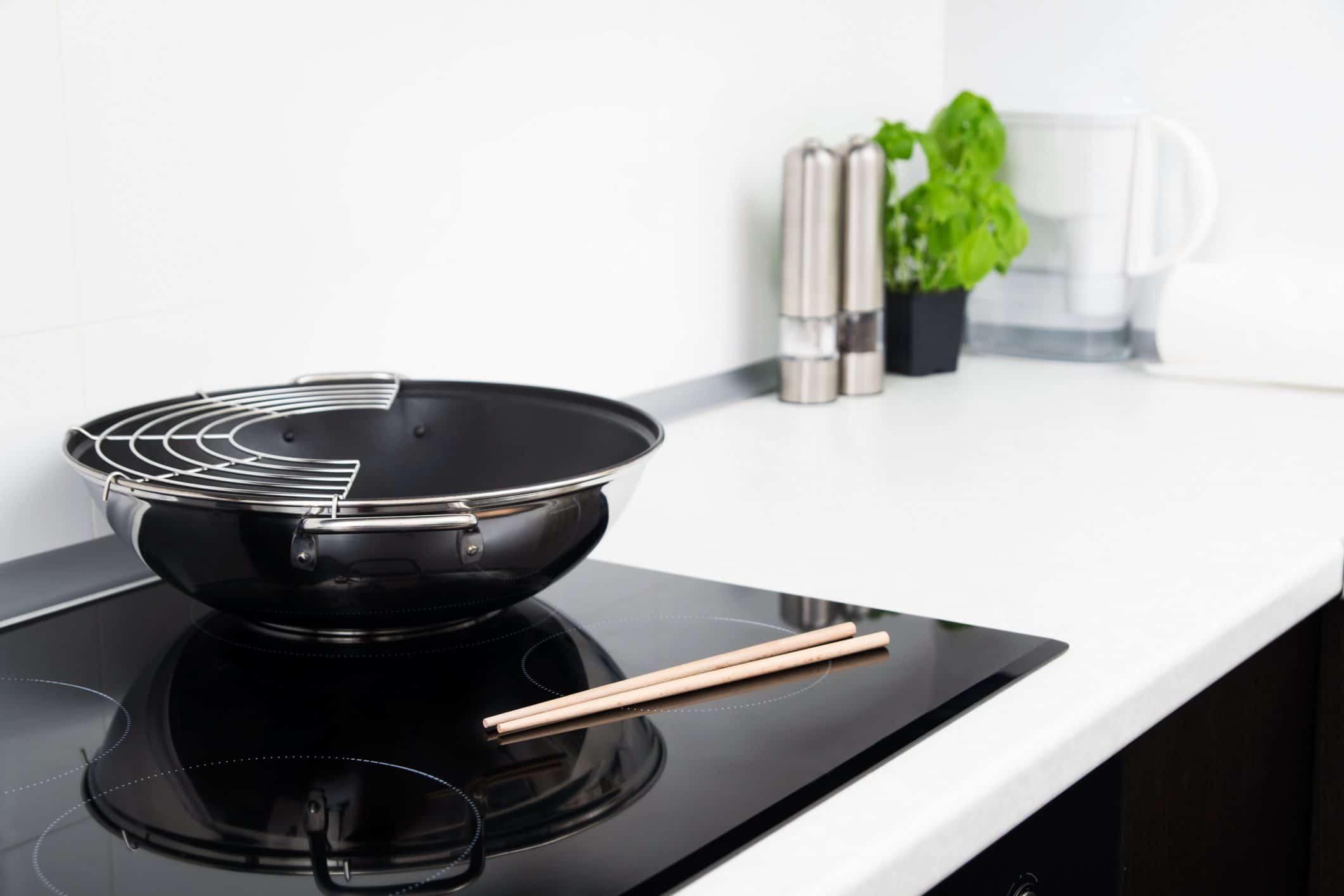 Сковорода для індукційної плити: що це таке, що означає дно, як вибрати посуд для індукції, яка краще