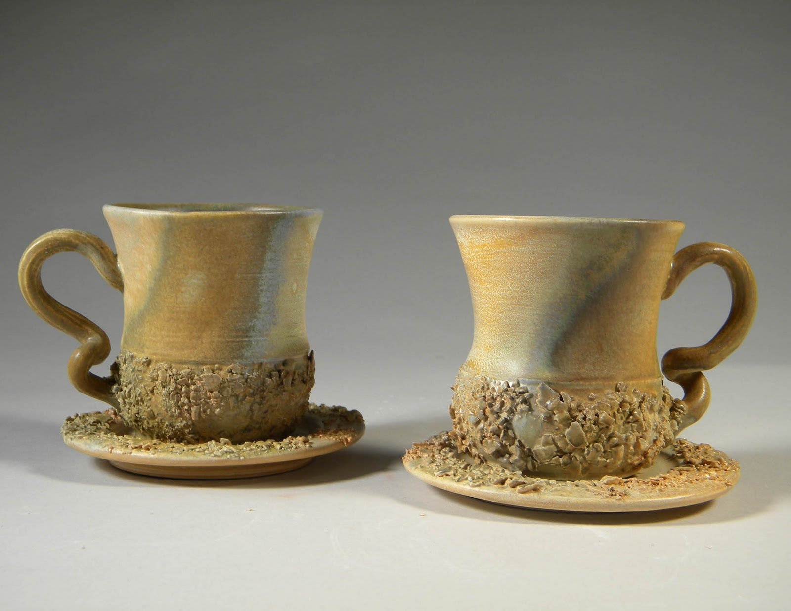 Незвичайні гуртки: форма оригінальних чашок для чаю та кави в подарунок дівчині